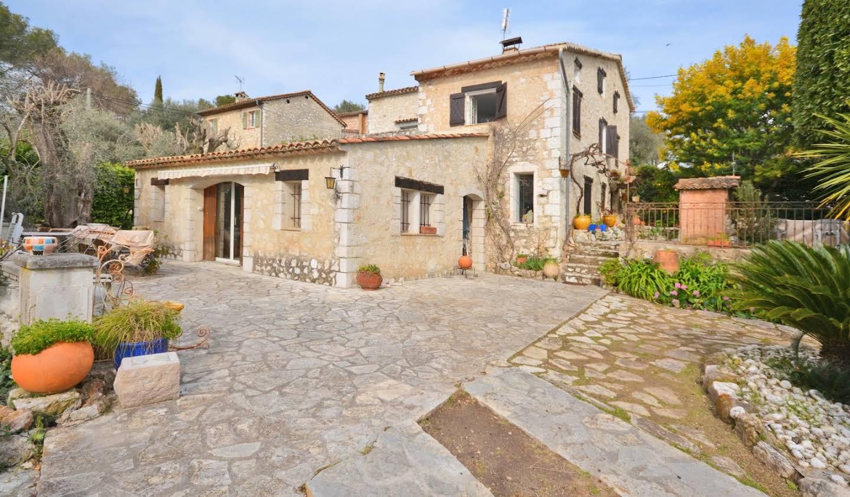 Villa with garden Roquefort-les-Pins