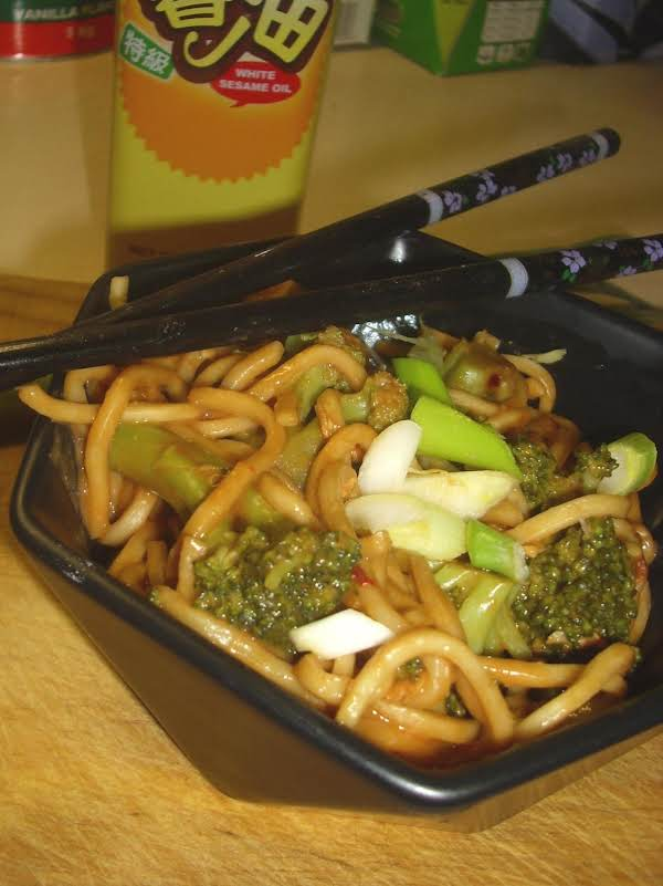 Cold Sesame Noodles With Chicken And Broccoli