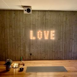 Meditationsleiter Online Live Meditation 3