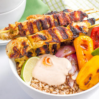 Chili Lime Chicken Kabobs With Peppers, Farro And Creamy Adobo Sauce