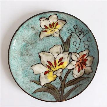Blue flower flat plate