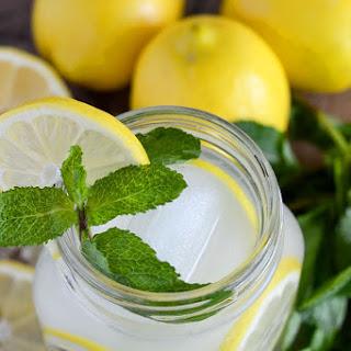 Easy Vodka Lemonade