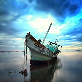 Lonely Ship by Calvin Go - Transportation Boats ( bali, tuban, indonesia, beach, sunrise, boat, longexpo )