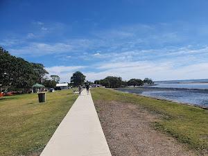 Urban park - Nudgee Beach Reserve