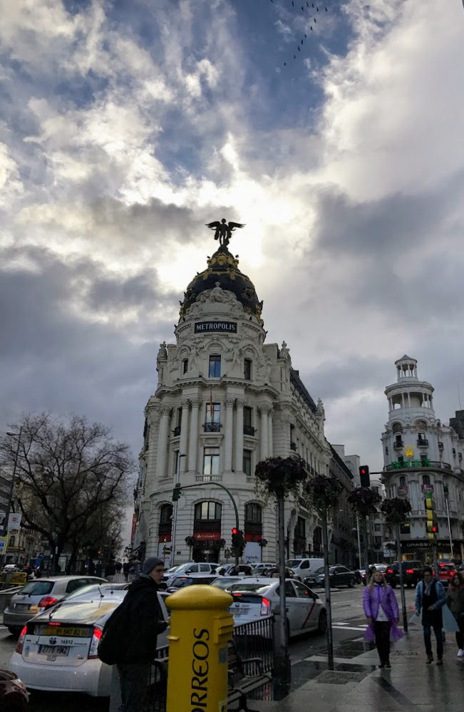 Весна в подарок (Мадрид, Андалусия, март 2018 года на общественном транспорте)