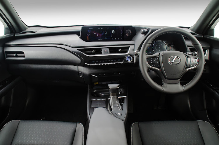 The interior of the new EX grade is tastefully premium with only a minor loss of luxury specification.