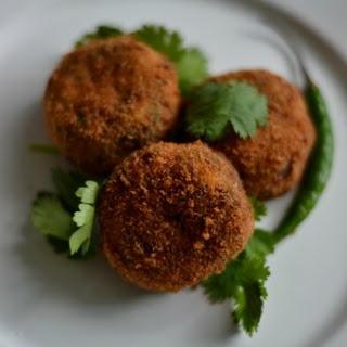 Fish Cutlet Recipe / Deep Fried Meen Cutlet