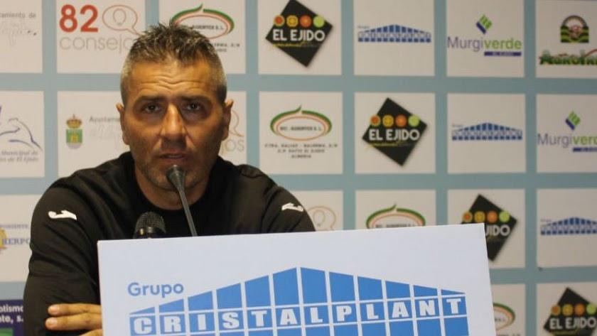 José Sevilla deja el banquillo celeste.