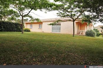 villa à Montbrun-des-Corbières (11)