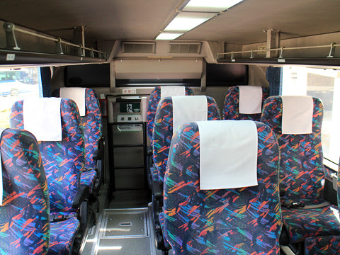 JR東海バス「新東名スーパーライナー11号」 744-04993 車内 その2