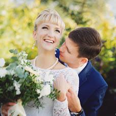 Wedding photographer Elena Zayceva (Zaychikovna). Photo of 09.02.2016
