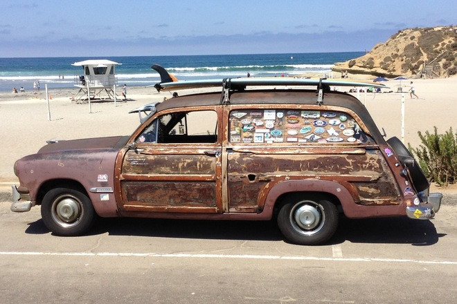 """""""Classic"""" 1951 Ford """"Surf Woody"""" Hire CA"""