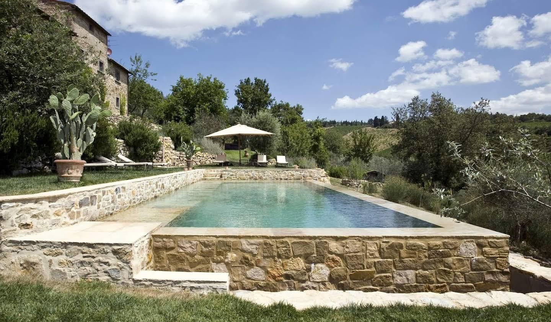 Villa with garden Volpaia