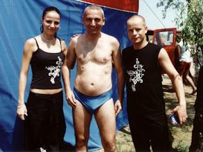Photo: A NOX énekeseivel Kiskörén a strandon, NOX koncert után 2004 augusztusban.