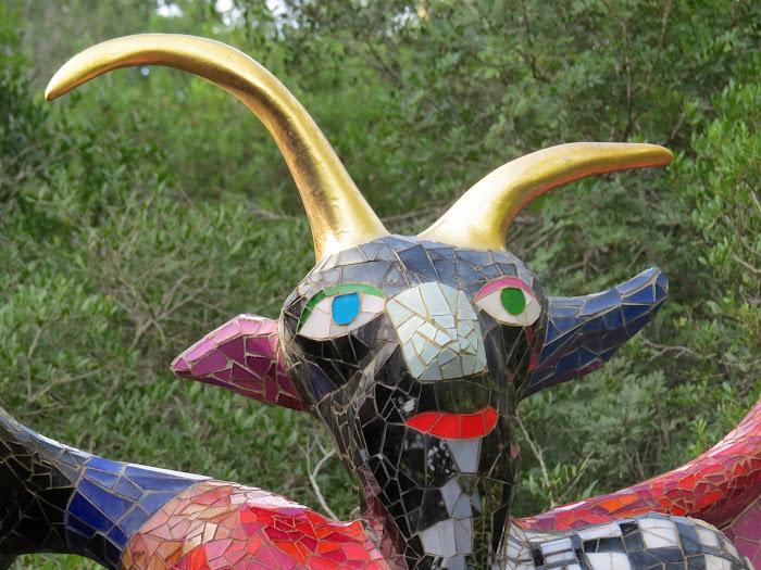Niki de Saint Phalle, Il Diavolo (Testa del diavolo), Giardino dei Tarocchi, Capalbio