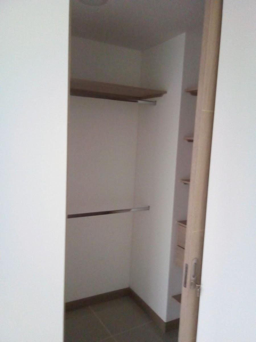 apartamento en arriendo el esmeraldal 472-225