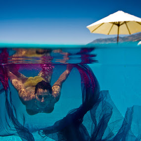 Pool Show by Rico Besserdich - News & Events World Events ( underwater, pool, woman )