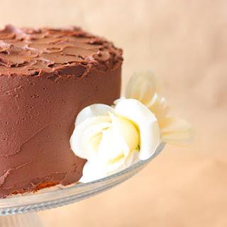 3 Layer French Vanilla Pudding Cake & Chocolate Fudge Frosting