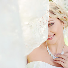 Wedding photographer Natalya Firsanova (arete). Photo of 13.02.2015