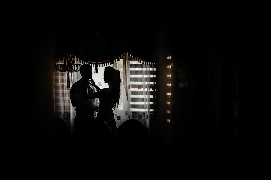 Wedding photographer Volodimir Vaksman (VAKSMANV). Photo of 18.09.2017