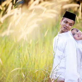 Love by Zul Murky - Wedding Bride & Groom ( wedding, solemnization, bride & groom, portrait, golden hour )
