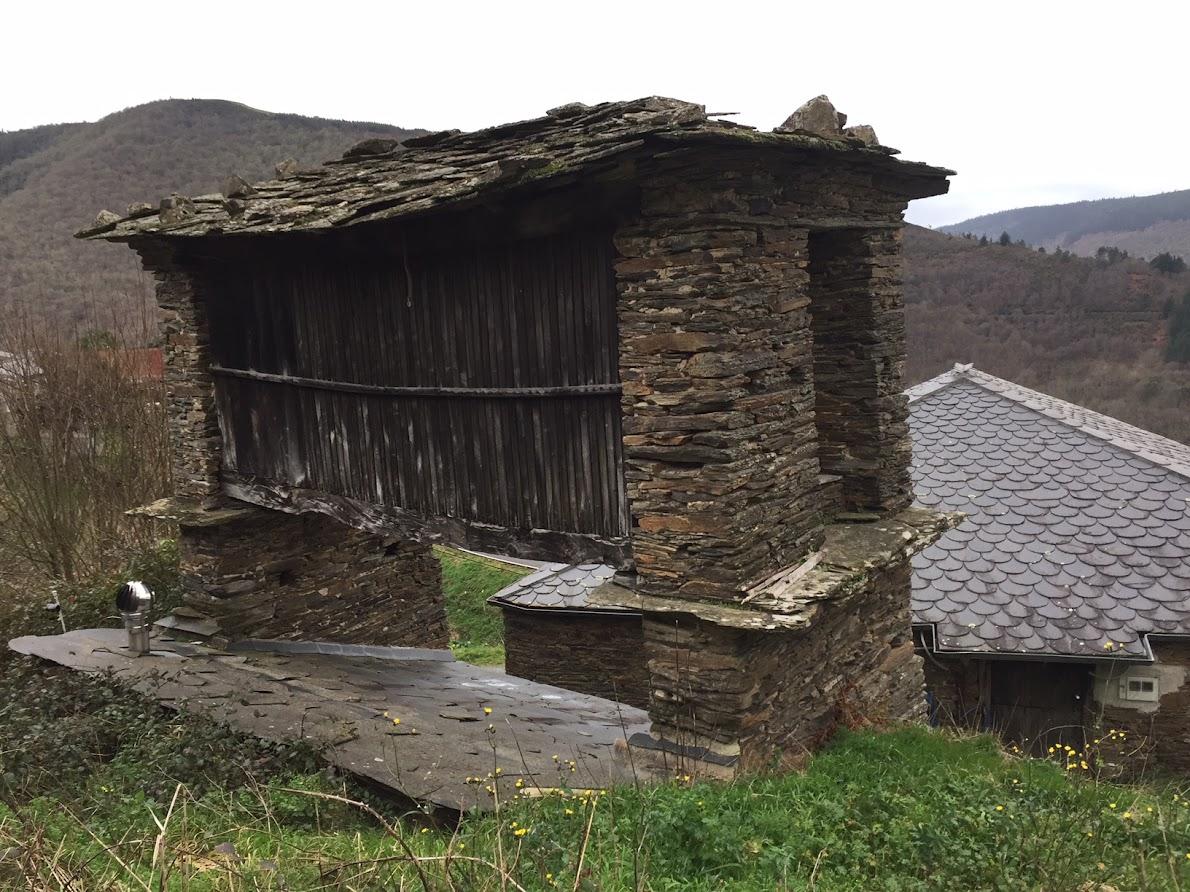 Spaans dorp te koop