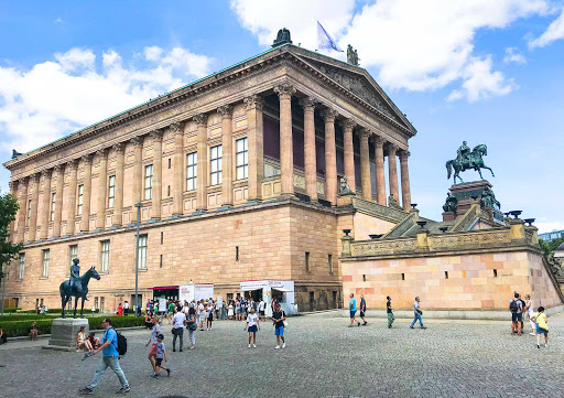 National-Gallery-on-Museum-Island-in-Berlin-1.jpg -   The National Gallery (Der Deutschen Kunst) building in Berlin is a museum with art of the 19th, 20th and 21st centuries.