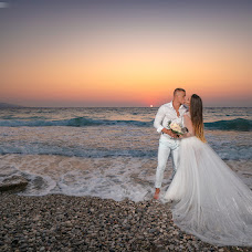 Wedding photographer Aris Kostemyakov (Aristaphoto). Photo of 03.09.2018