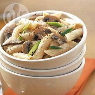 Penne with Creamy Mushroom Sauce