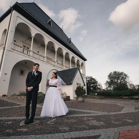 Свадебный фотограф Béla Balló (belaballo). Фотография от 28.09.2017