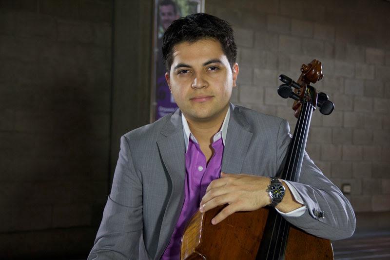 UN VENEZOLANO GANÓ EL PRIMER CONCURSO INTERNACIONAL DE VIOLONCHELO EN BRASIL. José Gregorio Nieto se alzó en agosto con el 1º lugar del Primer Concurso Internacional de Violonchelo RICE 2013 en Río de Janeiro, Brasil, luego de interpretar el Concierto para violonchelo y orquesta Nº 1 en la menor de Camille Saint-Saëns. Con un solo ensayo previo, este venezolano -que hasta 2009 perteneció a la fila de la Sinfónica Simón Bolívar- se coronó en este reto sudamericano que se realiza desde 1994
