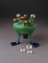 Photo: Frog Beth Stanfield, turner Megan Hine, beadmaker