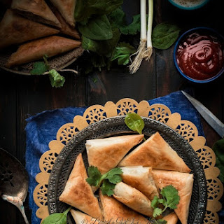 Spanakopita Triangles (Greek Spinach Pie)