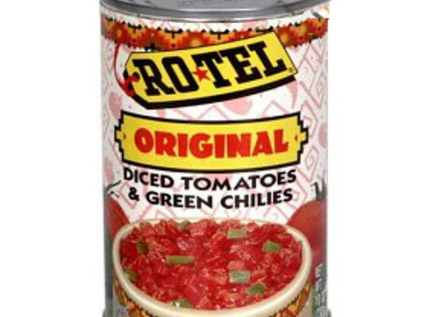 Open both average size cans of Rotel diced tomatoes with green chilis (i think...