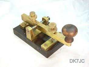 """Photo: Schmale Reichs-Telegrafen-Taste  1885  """"DL""""  #481"""