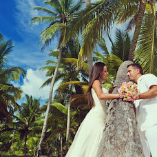 Wedding photographer Vadim Nardin (vadimnardin). Photo of 02.01.2013