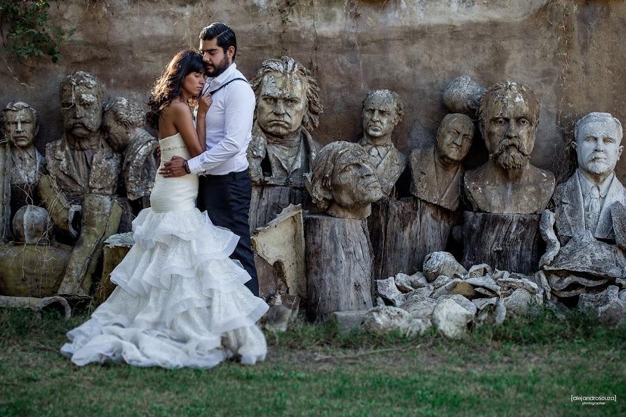 Wedding photographer Alejandro Souza (alejandrosouza). Photo of 14.04.2015