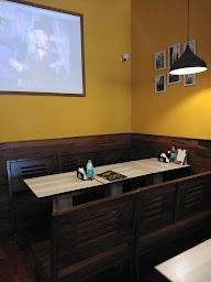 Dcrepes Cafe photo 17