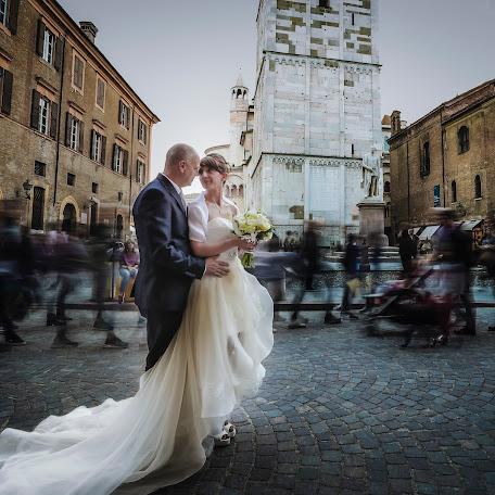 Fotografo di matrimoni Cristian radu Papucica (Papucica). Foto del 21.02.2018