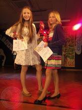 Photo: XI edycja Konkursu Piosenki Wakacyjnej - Laureatki J. Gołaszewska (IIa PG 20) i K. Bagińska (Vc SP 29) (29.05)
