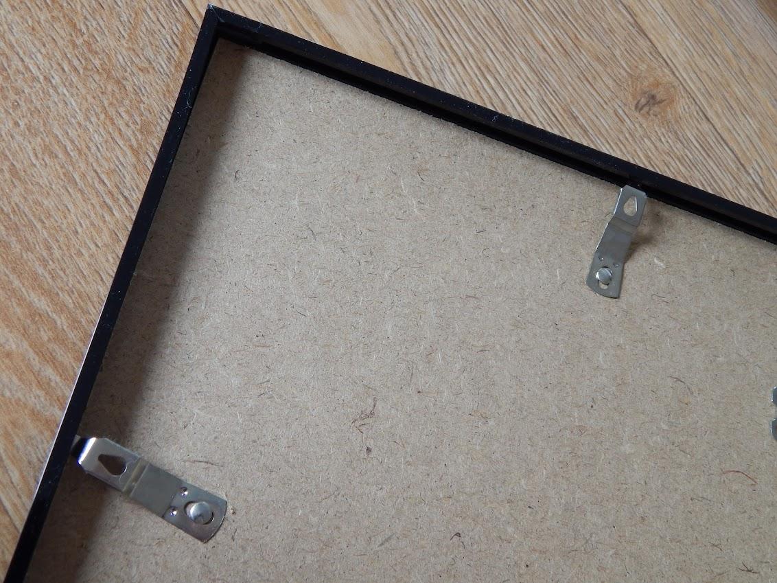 clip back frame