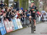 Tim Merlier blijft ploegmaat Stijn Steels voor en wint Ruddervoorde Koerse