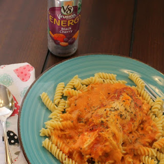 Easy Slow Cooker Italian Chicken with Pasta.