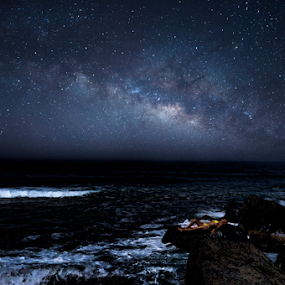 Milky way and sea by Cristobal Garciaferro Rubio - Landscapes Starscapes ( shore, milkyway, waves, stars, sea, starscape )
