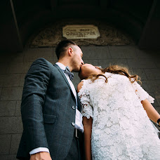 Wedding photographer Roman Medvedev (fotoshoot84). Photo of 23.08.2017