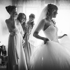 Wedding photographer Nikolay Valyaev (nikvval). Photo of 16.08.2015