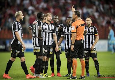 """Les Carolos s'en prennent à l'arbitrage: """"Il y avait penalty"""""""