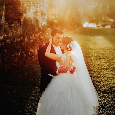 Wedding photographer Edel Armas (edelarmas). Photo of 22.01.2018