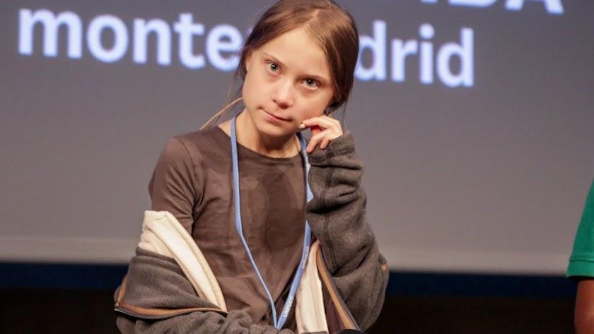Greta Thunberg, atendiendo a los medios.