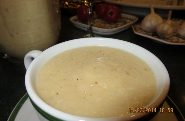 Roasted Cauliflower or Broccoli Soup